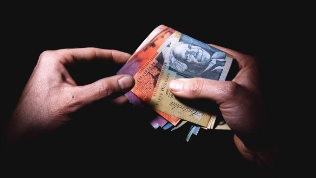 Article image for AFL media issued with betting bans
