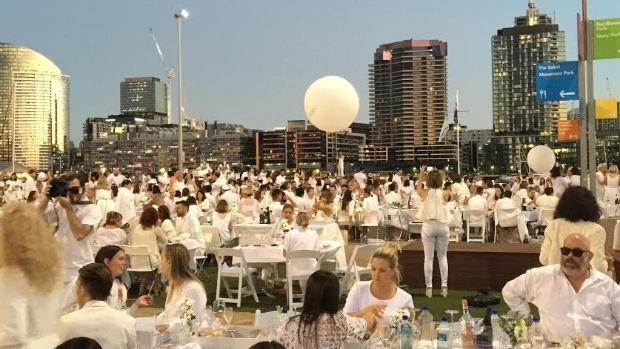 Article image for Katie Dower reviews Le Diner En Blanc, Melbourne 2016