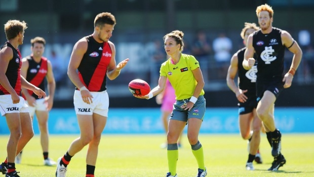 Article image for First female umpire Eleni Glouftsis chats with Neil Mitchell on 3AW