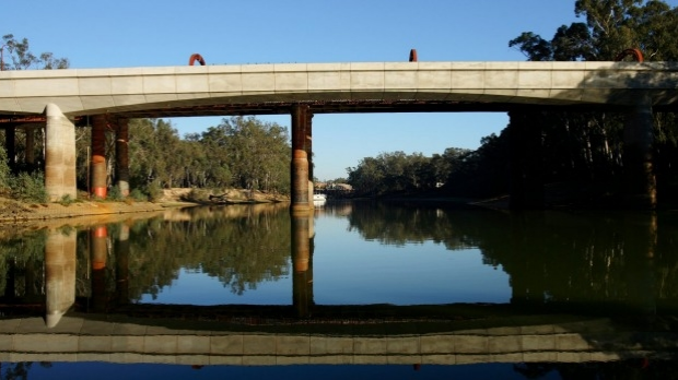 Article image for Do not swim: Murray river concerns