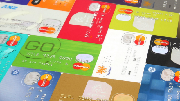 Article image for Malcolm Turnbull wants us to ditch the credit card