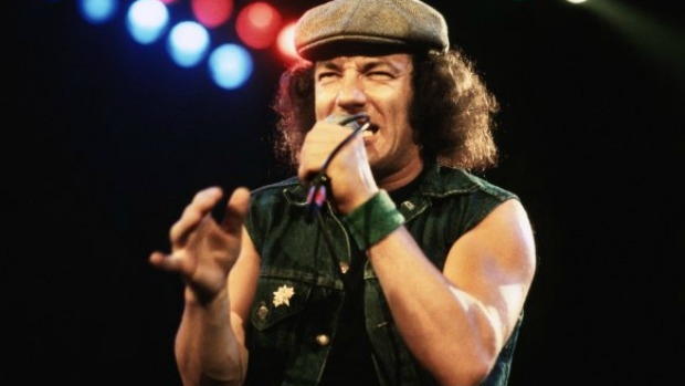Article image for Pete Ford says Brian Johnson dumped from AC/DC tour following hearing difficulties