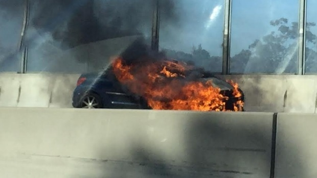 Article image for WATCH: Car fire on the Monash