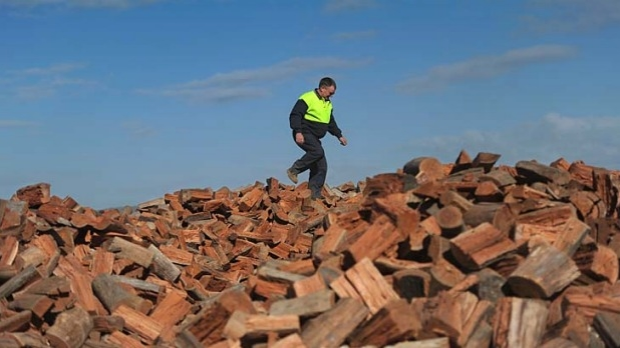 Article image for Collecting firewood on public land has been banned in Victoria's north west