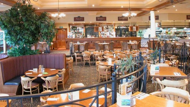 Article image for Pub Of The Week review: The Settlement Hotel in Cranbourne