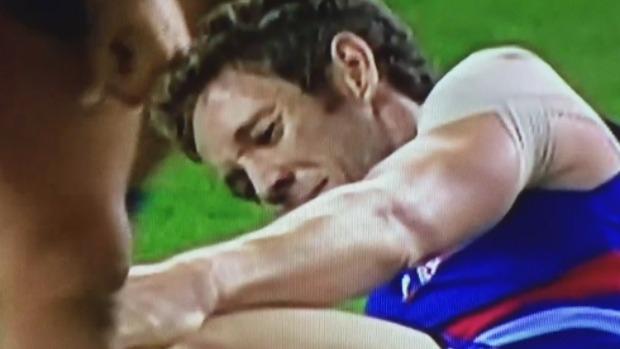 Article image for Matthew Richardson and Cameron Ling react to Bob Murphy's knee injury