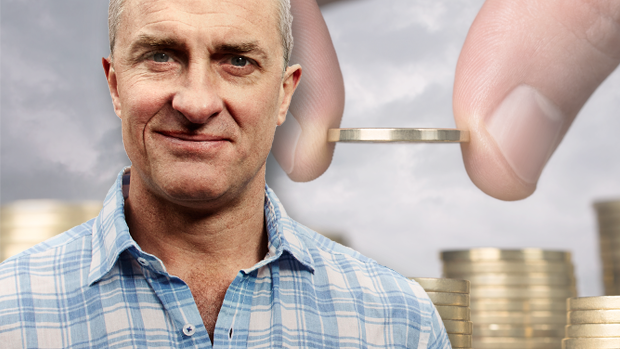 Article image for Tom Elliott says interest rate cuts would be 'the last thing' the government wanted on budget night
