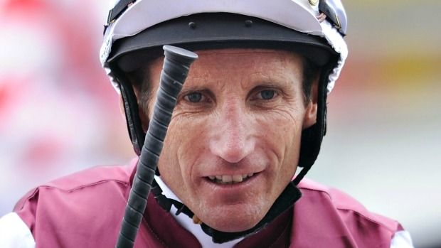 Article image for Champion jockey Damien Oliver and jumps rider Paul Hamblin fail breath tests at Warrnambool