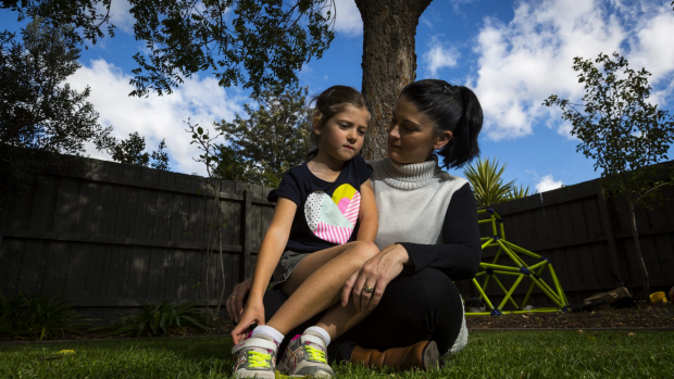 Article image for Mother starts petition to allow her daughter to wear pants to school