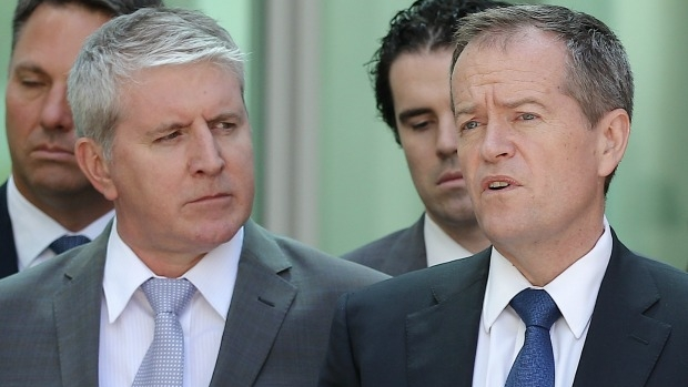 Article image for Neil Mitchell grills Brendan O'Connor over comments from Bill Shorten on 3AW