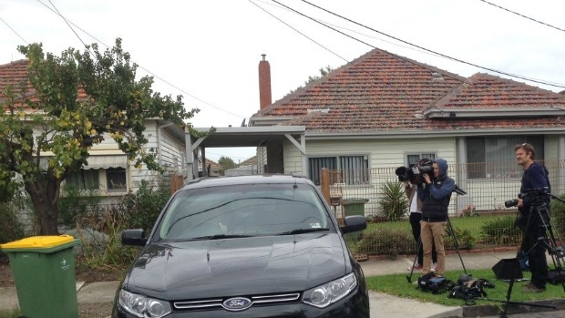 Article image for Police carry out terror raids in Melbourne, teen also arrested in Sydney