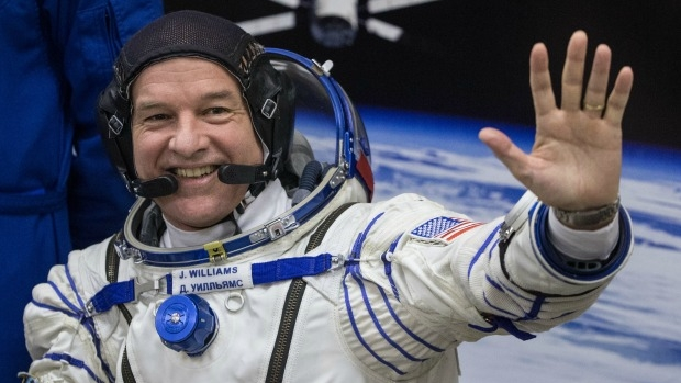 Article image for Melbourne students to speak with astronaut … while he's in space!