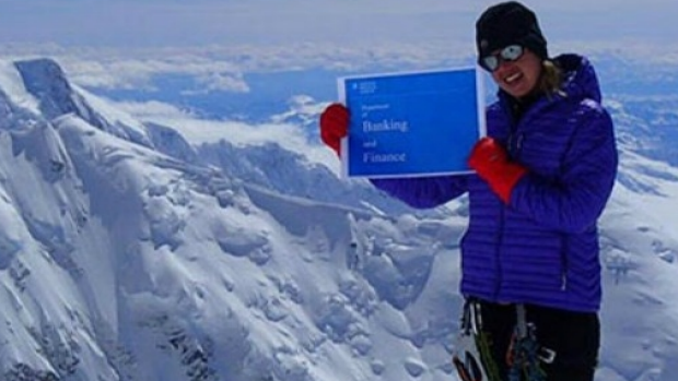 Article image for Melbourne woman Maria Strydom dies on Mount Everest