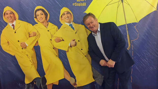 Article image for Denis Walter LIVE from Dame Nellie Melba foyer at Her Majesty's Theatre for Singin' in the Rain
