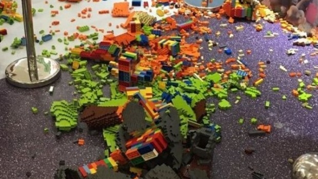 Article image for Chinese boy accidentally knocks over $20,000 Lego sculpture