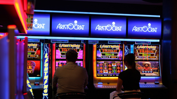 Article image for Tom Elliott's fiery clash with addiction support worker over pokies