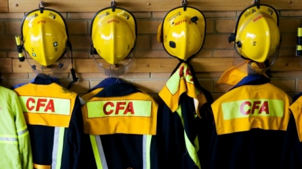 Article image for Victoria's longest-serving CFA member, Duncan Holman, to resign over union saga