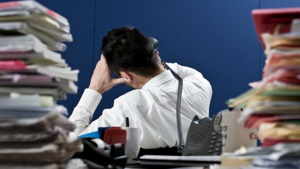 Article image for Tom Elliott says stress is 'normal', shouldn't be used to stay home from work