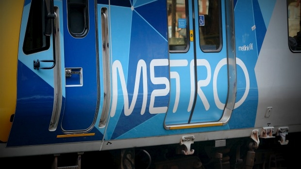 Article image for RUMOUR CONFIRMED: Vision-impaired man falls onto train tracks at Merlynston