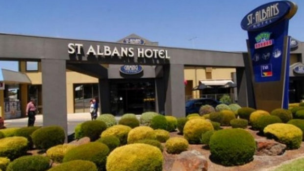 Article image for Pub Of The Week review: Tony Leonard visits the St Albans Hotel