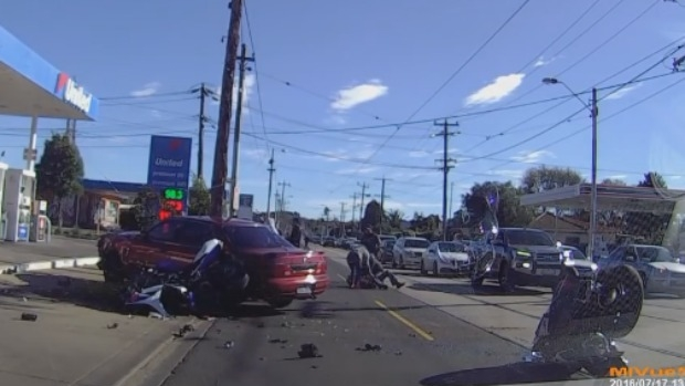 Article image for Dash-cam captures horrific smash between car and two motorbikes at Maribyrnong