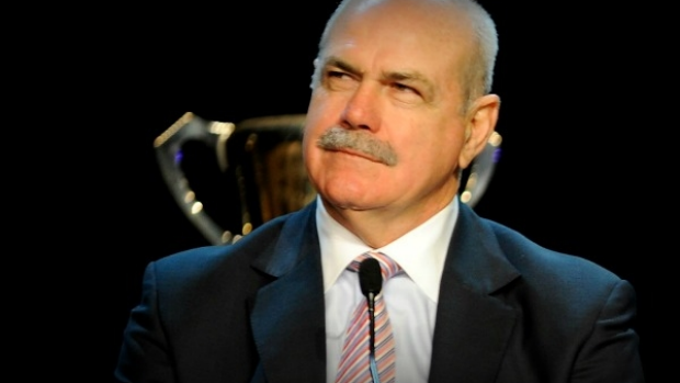 Article image for Leigh Matthews confused by Western Bulldogs' decision to stay in Geelong
