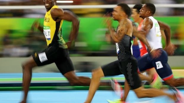 Article image for Cameron Spencer tells Ross and John how he snapped iconic photo of Usain Bolt