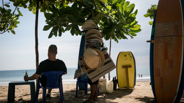 Article image for Indonesia weighs up alcohol ban, which could impact tourism in Bali
