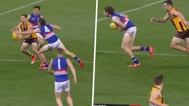 Article image for Marcus Bontempelli outshines Luke Hodge in 'passing of the baton' moment