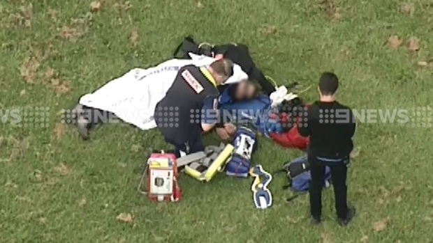 Article image for Skydiver taken to The Alfred hospital after coming down at St Kilda