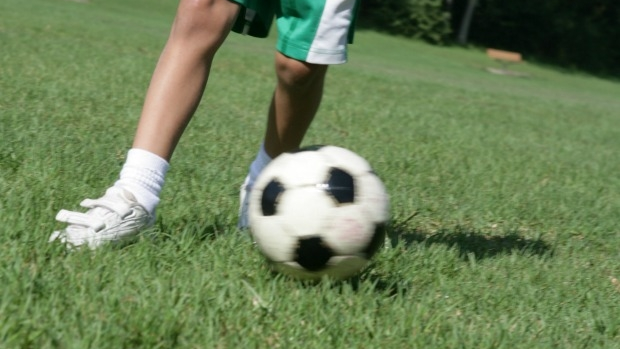 Article image for Nick clashes with Darebin Council over kids soccer goal on the street