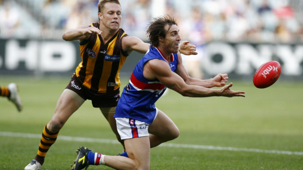 Article image for Scott West pays credit to 'empathetic' Luke Beveridge for Dogs' success
