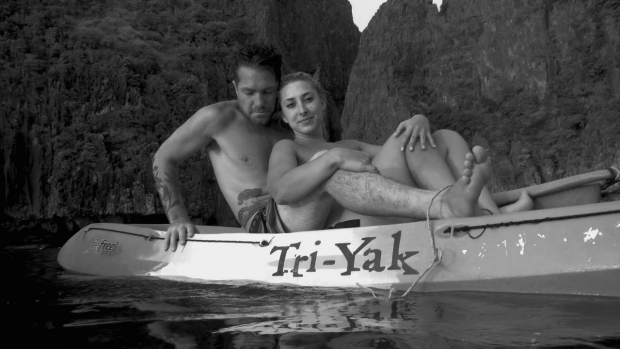 Article image for Icelandic woman snapped photos of married Melbourne couple in Thailand and wants to find them