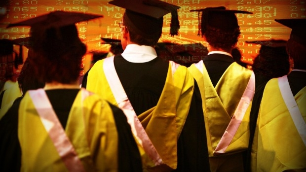 Article image for Senator Simon Birmingham explains how government is going after 'dodgy' degrees