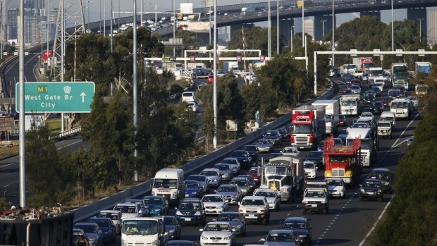 Article image for Dr Crystal Legacy speaks with Tom Elliott about Victoria's 'obsession' with freeways