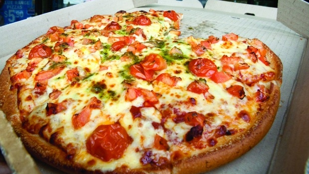 Article image for Sydney lawyer awarded $1200 after Dominos failed to deliver his pizza