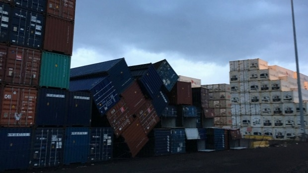 Article image for Victoria hit with wild weekend winds