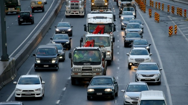 Article image for STUNG! 154 drivers nabbed illegally using Ring Road emergency lane