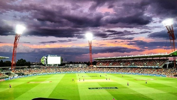 Article image for BLOG: KFC BBL06: Sydney Thunder v Sydney Sixers at Spotless Stadium