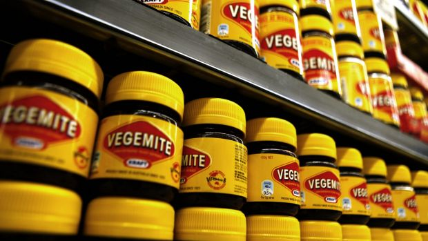 Article image for Bid to 'ban' Vegemite at school 'complete and utter nonsense'