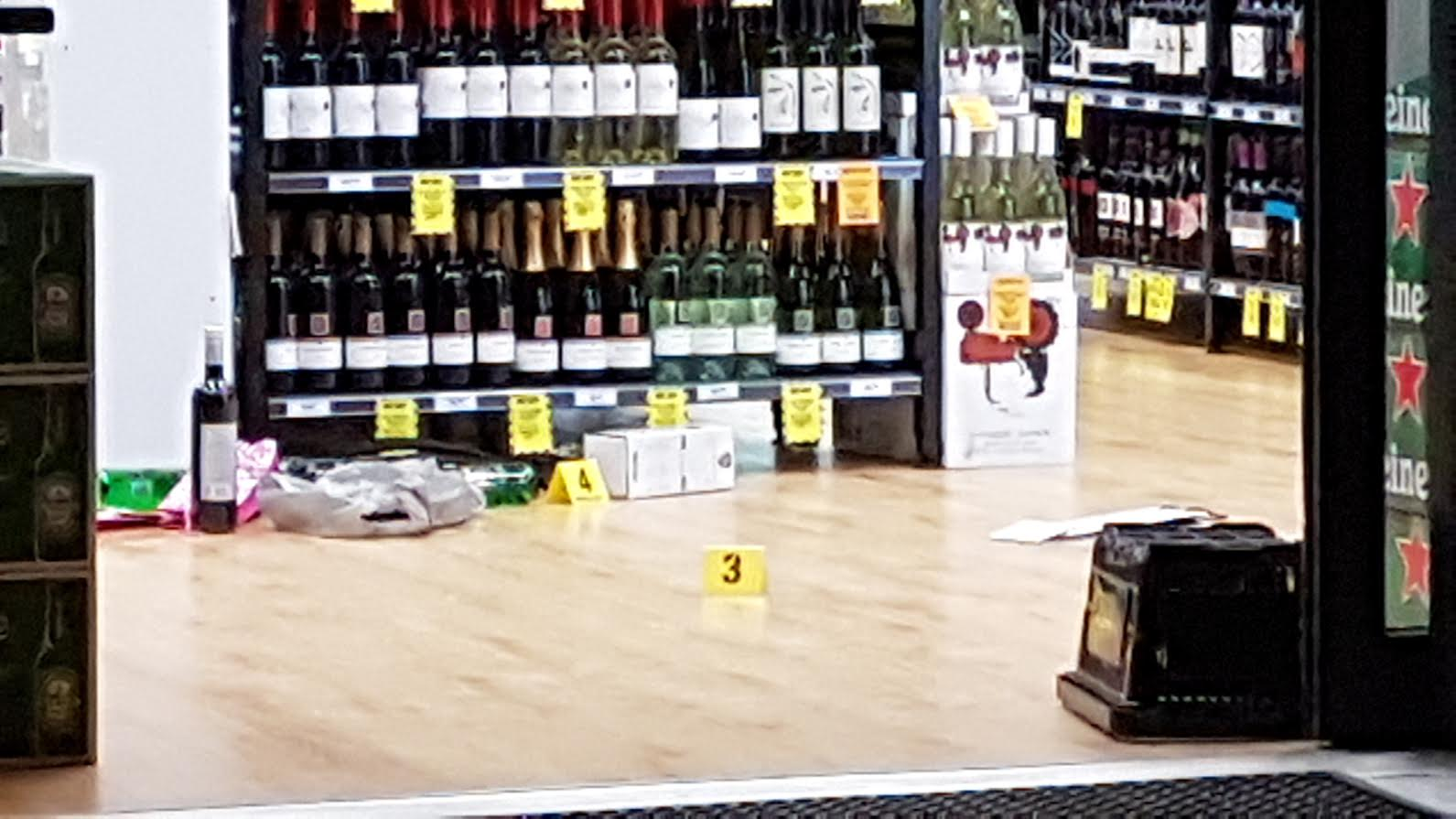 Article image for Liquor store staff stabbed during botched robbery at Cranbourne North