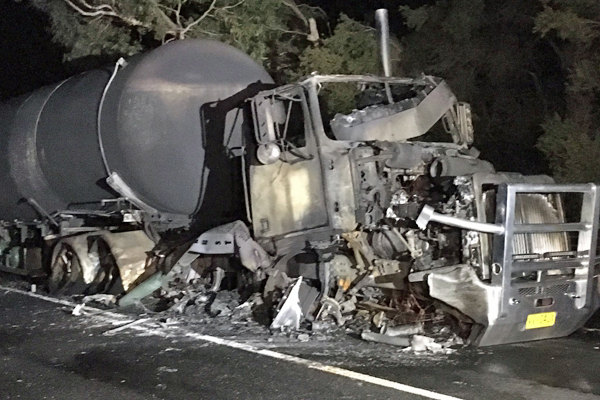 Article image for Catastrophic Tyabb crash: One dead, road could be closed for days