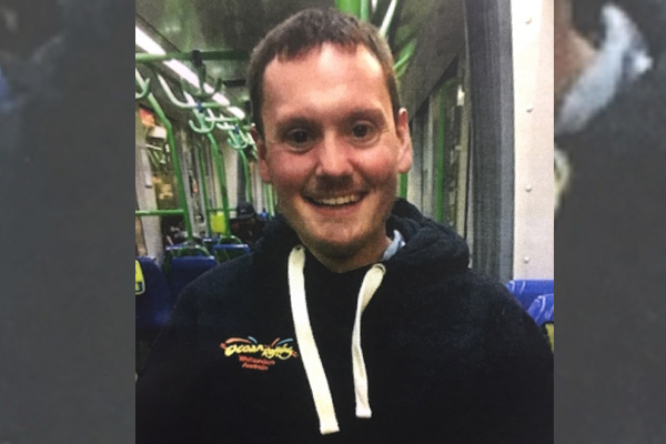 United Kingdom tourist goes missing from Melbourne beach