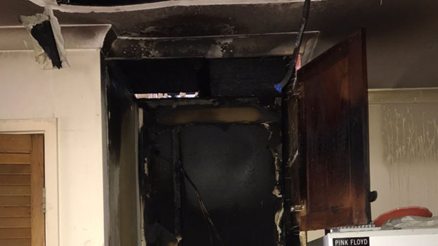 Article image for Mum, kids and family cat escape fire at Templestowe