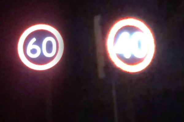 Article image for Man commentates conflicting, confusing speed signs at Malvern