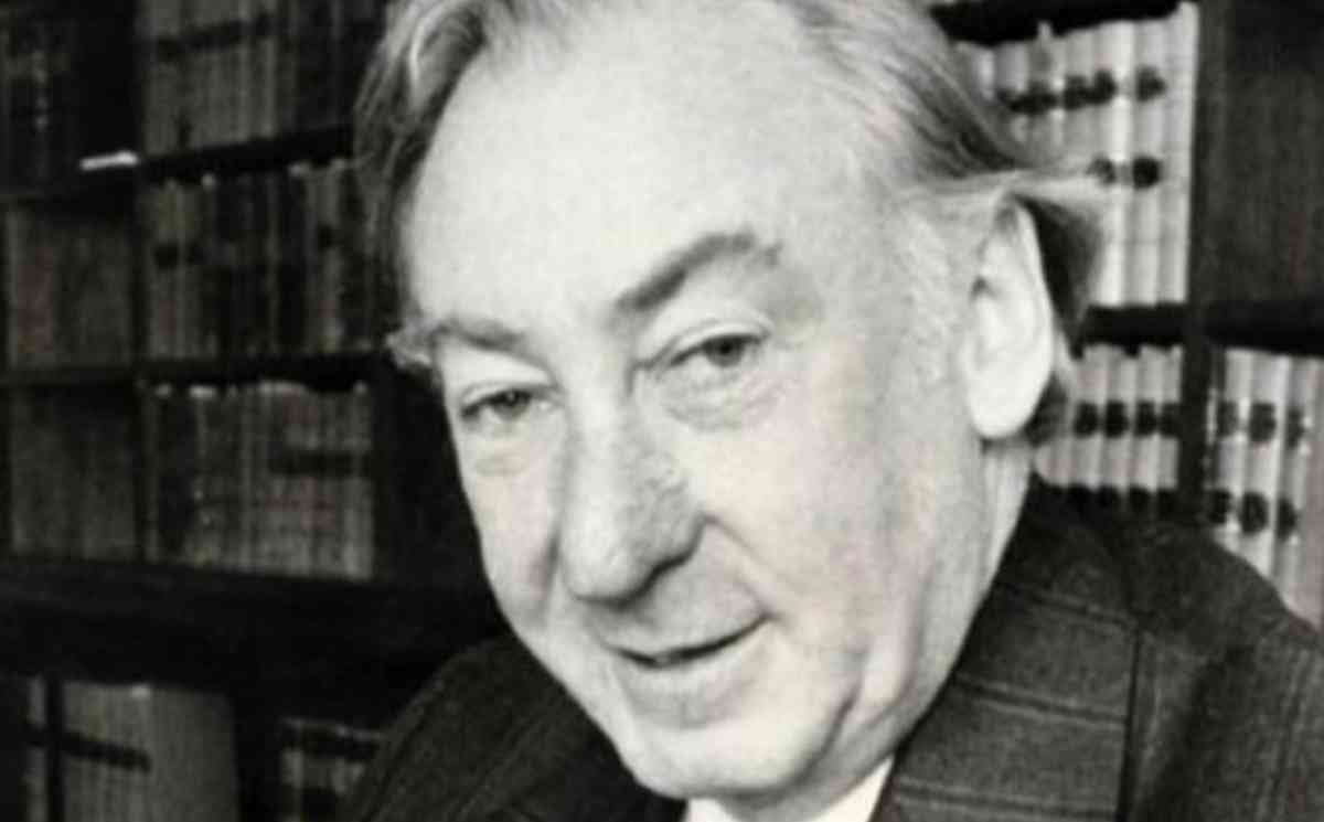 Lionel Murphy Papers Released