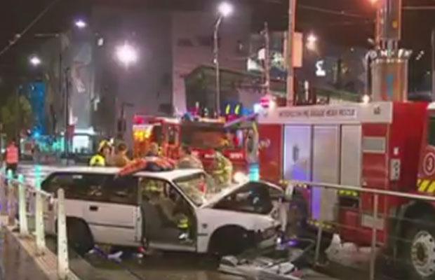Article image for Nasty smash outside Flinders Street Station