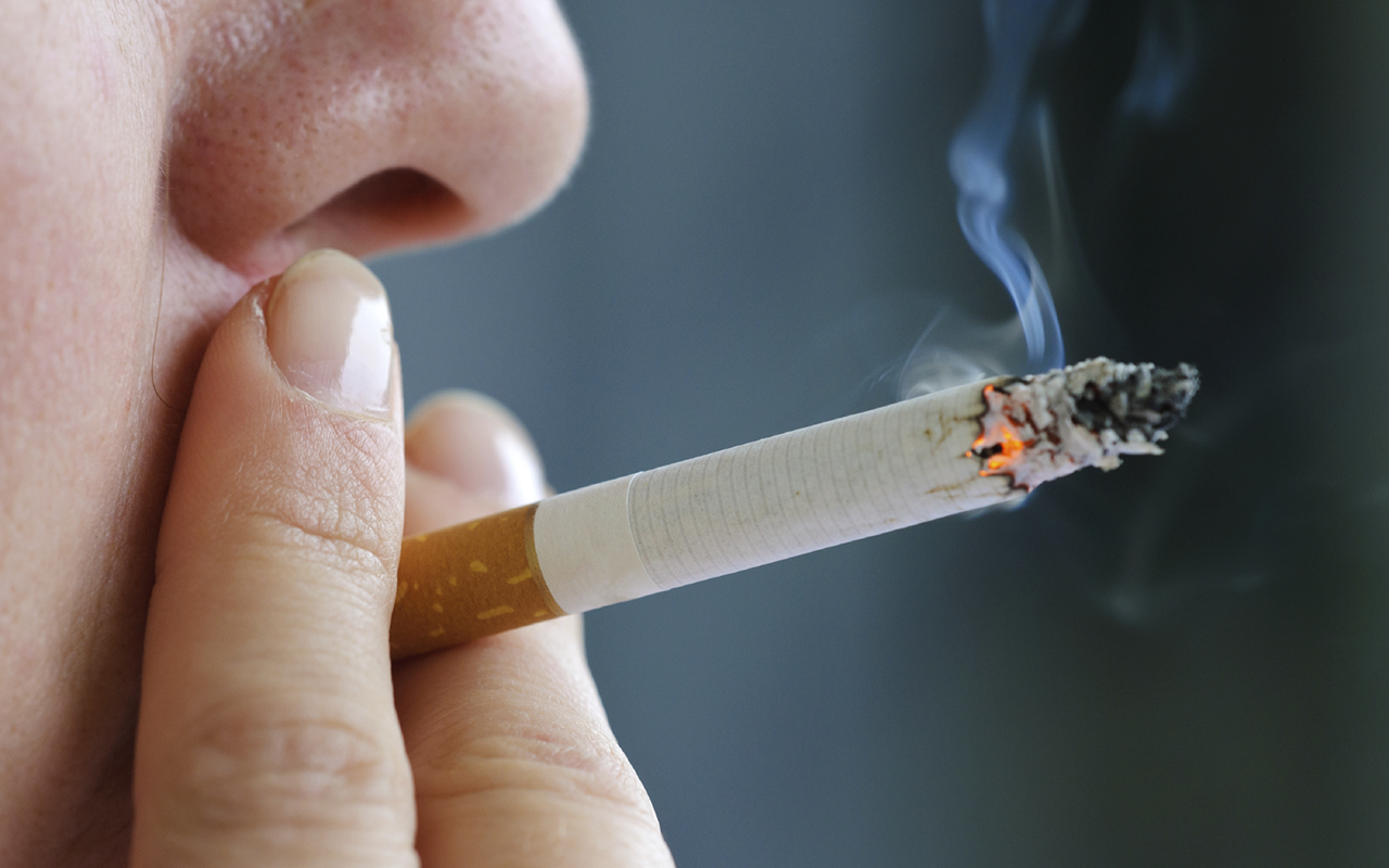 Article image for Calls to raise the legal age of cigarette purchases to 21
