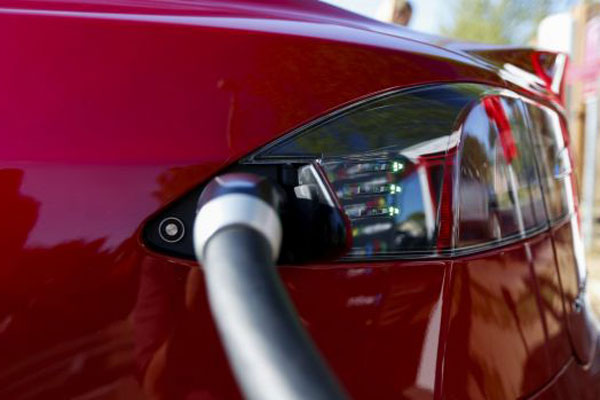 Article image for Why Australians are failing to invest in electric cars