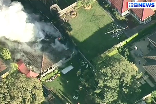 Article image for Five people escape large house fire in Melbourne's east